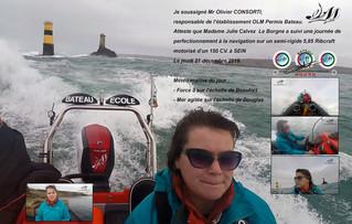 Julie première féminine en stage de navigation mer formée dans le Raz de Sein