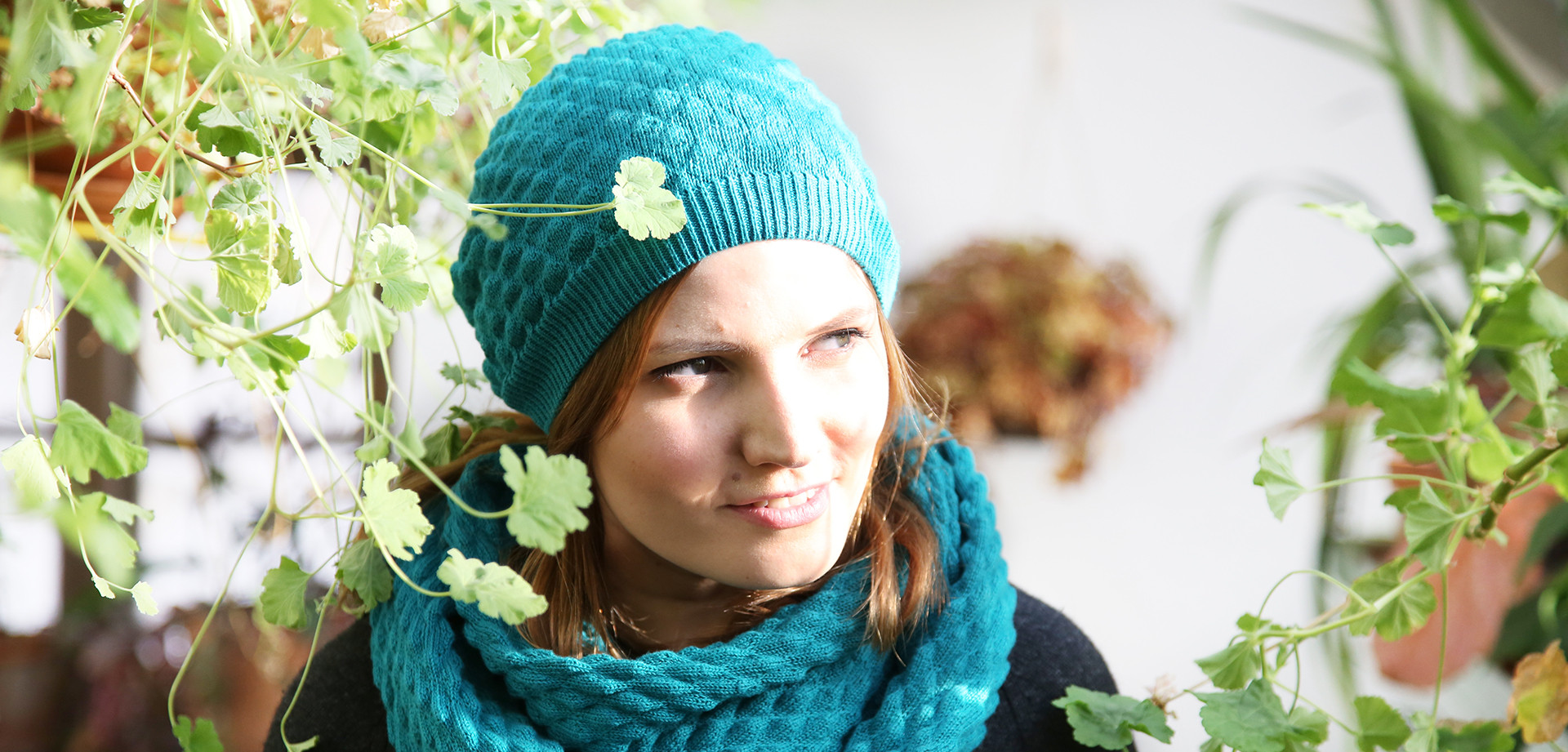 Käpy-huivi, vihreä (uusi vihreä on tätä hieman tummempi)