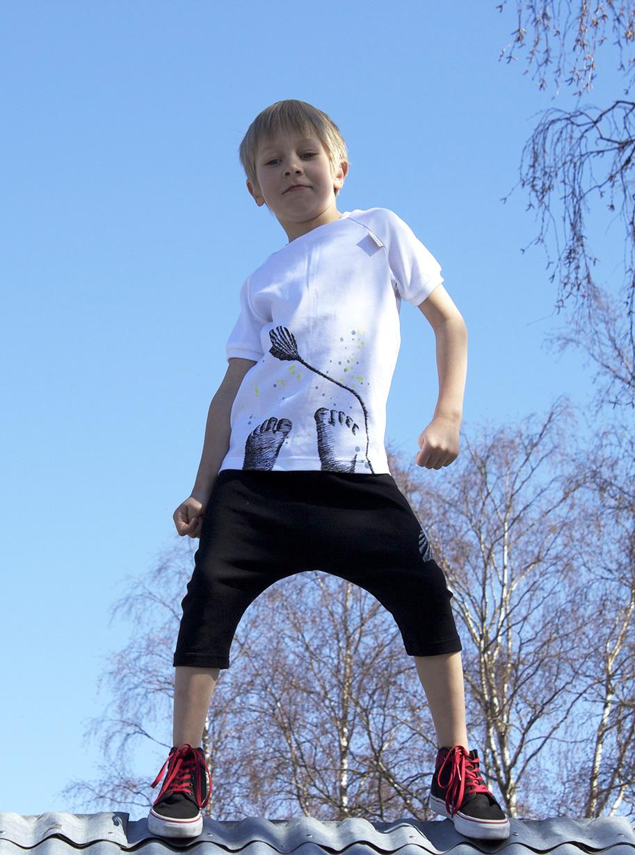 Ilusioni Shorts and T-shirt