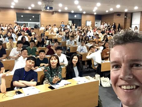 [インタビューシリーズ]イギリスから韓国に移住、会社を立ち上げて奮闘中!