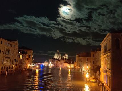 建設から40年、アクア・アルタ被害をヴェネチアから救ったMOSE