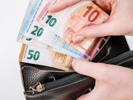 私はお金がない?悩む前に、そのお金の使いみちを考えてみたら、本当は要らないのかもしれない。
