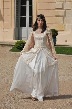 Robe de mariée en soie sauvage
