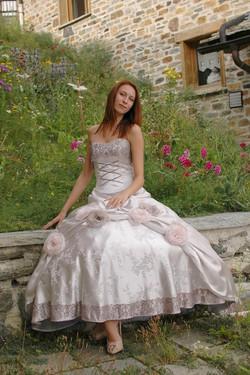 Robe de mariée avec fleurs