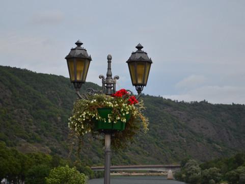 op een brug te Cochem