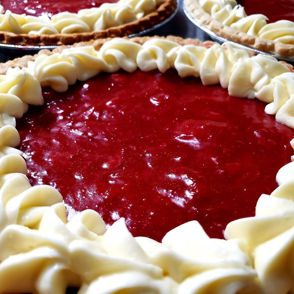 Strawberry Pie w/ Cream Cheese Icing