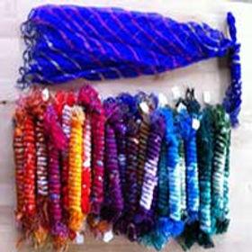 84b2a55c5d02f128-scarves3.jpg