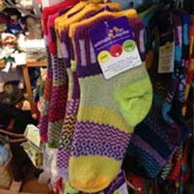 60c5c347725ba094-socks1.jpg