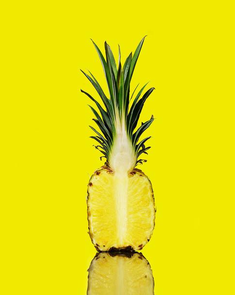 alicia_deal_food_stylist_pineapple_cross
