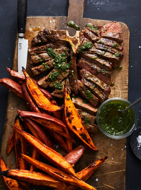 Alicia_Deal_steak_potato_fries_chimichur
