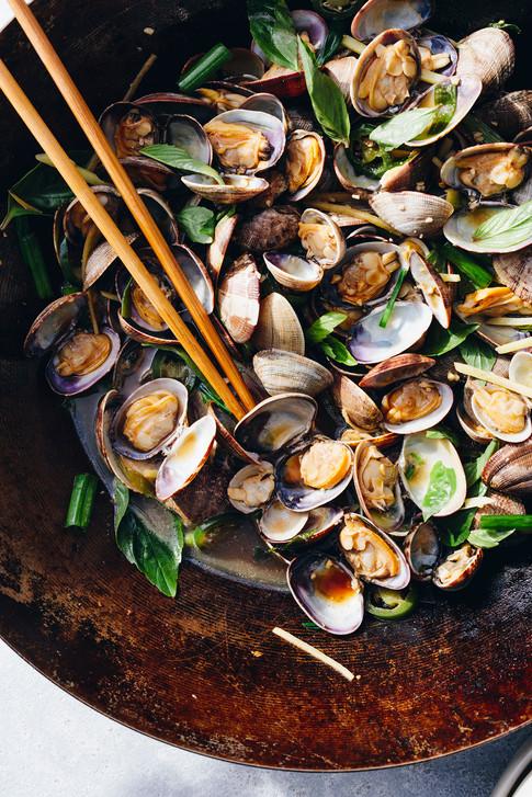 alicia_deal_food_stylist_clams_wok_seafo