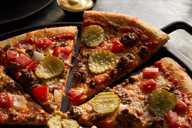 Zume Pizza Goldburger Cheeseburger Pizza