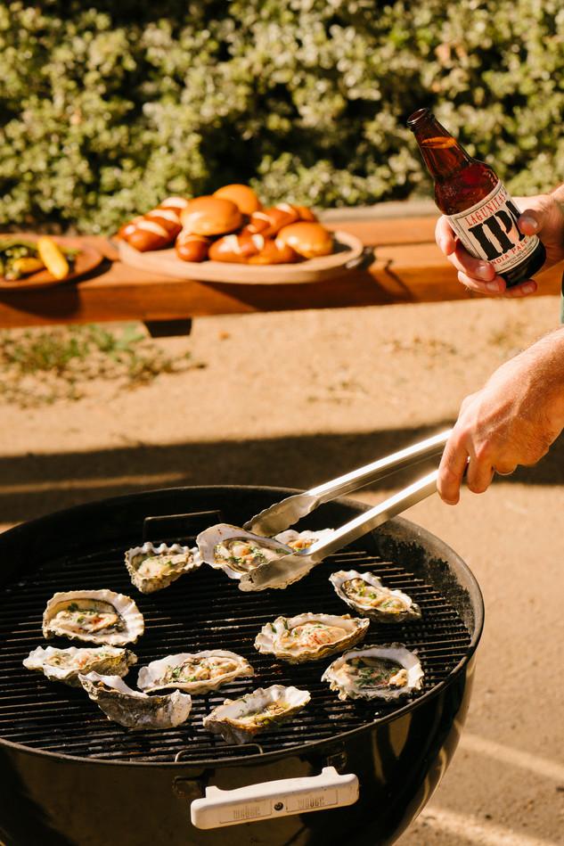 lagunitas_grilling_oysters_IPA_beer_bott