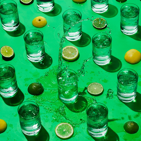 LIME DRINKS WITH ICE AND A SPLASH