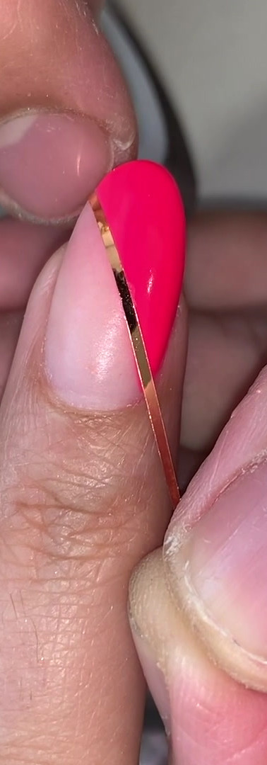 graphic nails.mp4