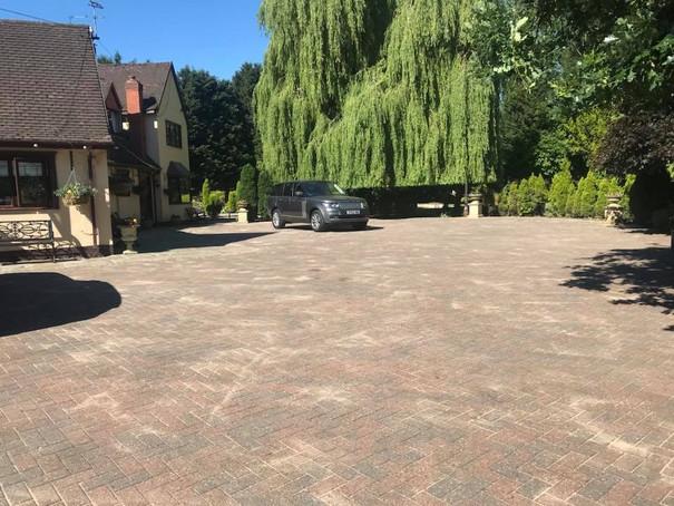 Blockk paving cleaning birmingham, Driveway cleaning birmingham