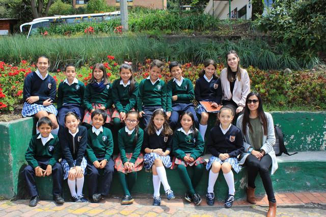 Alumnos de la Fundación participaron en proyectos de comunicación con alumnas del Gimnasio Femenino