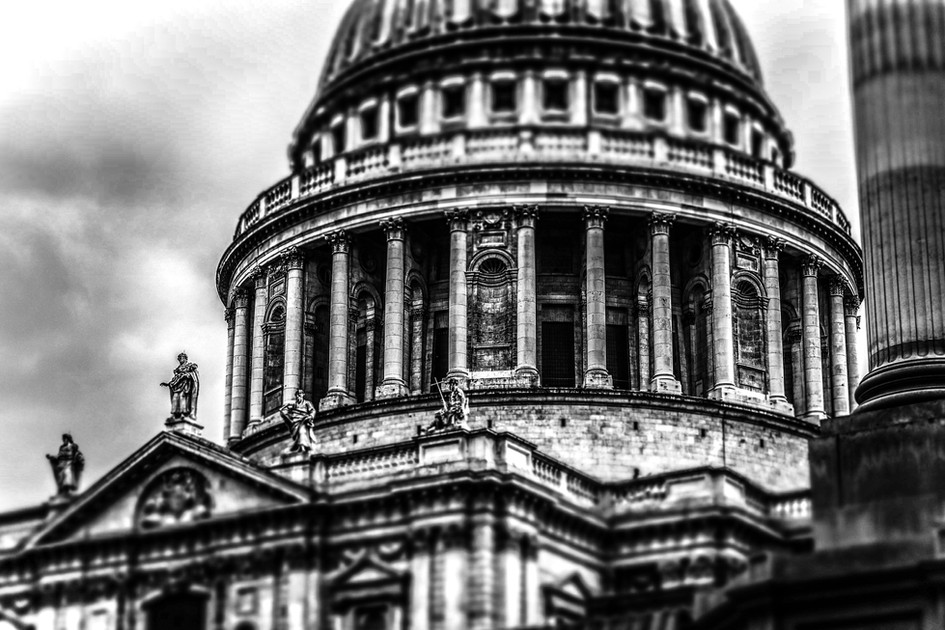 St Paul's Light