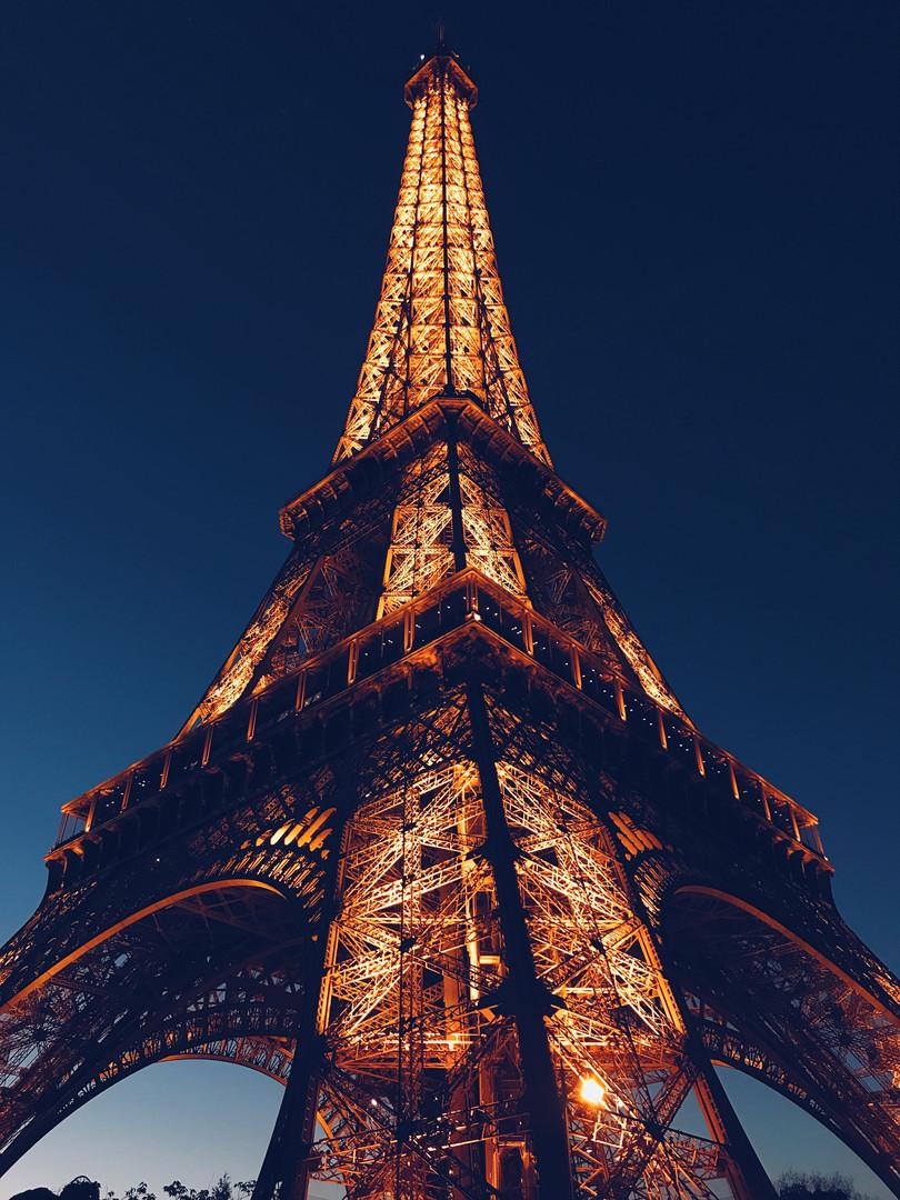 Beautiful Lit Eiffel Tower