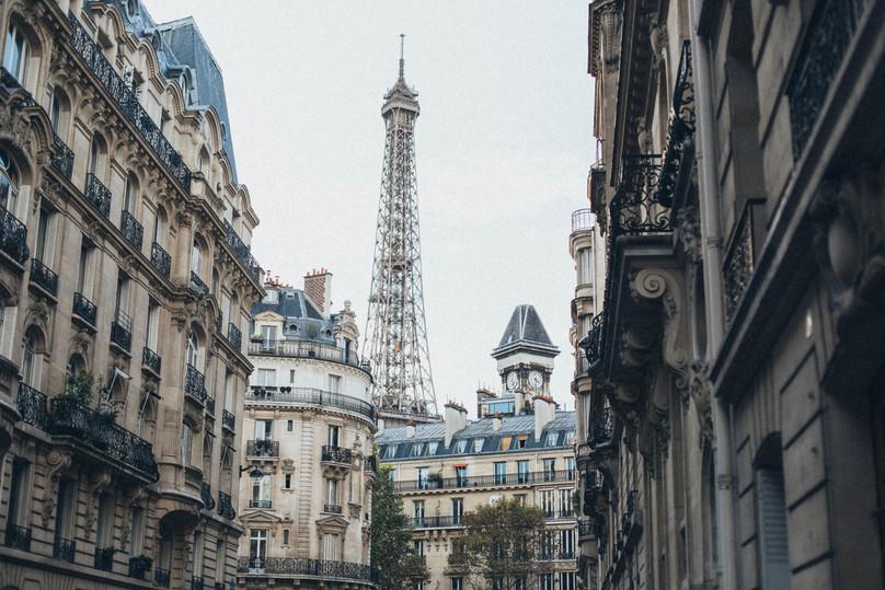 Beautiful Paris Eiffel Tower