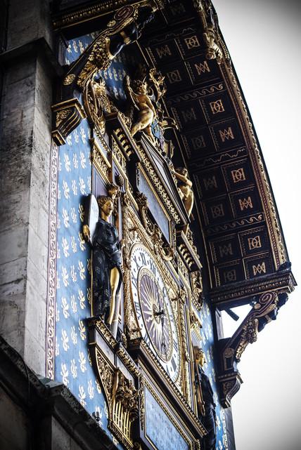 Paris Watch Web.jpg