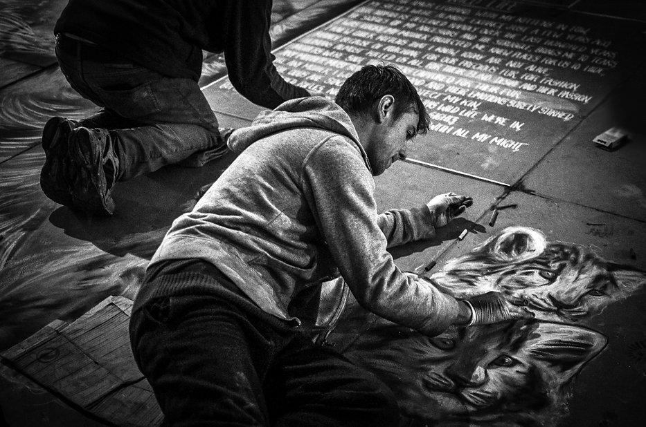 Daniel-K-Swan-Drawing-Street-Chalk-Art-I