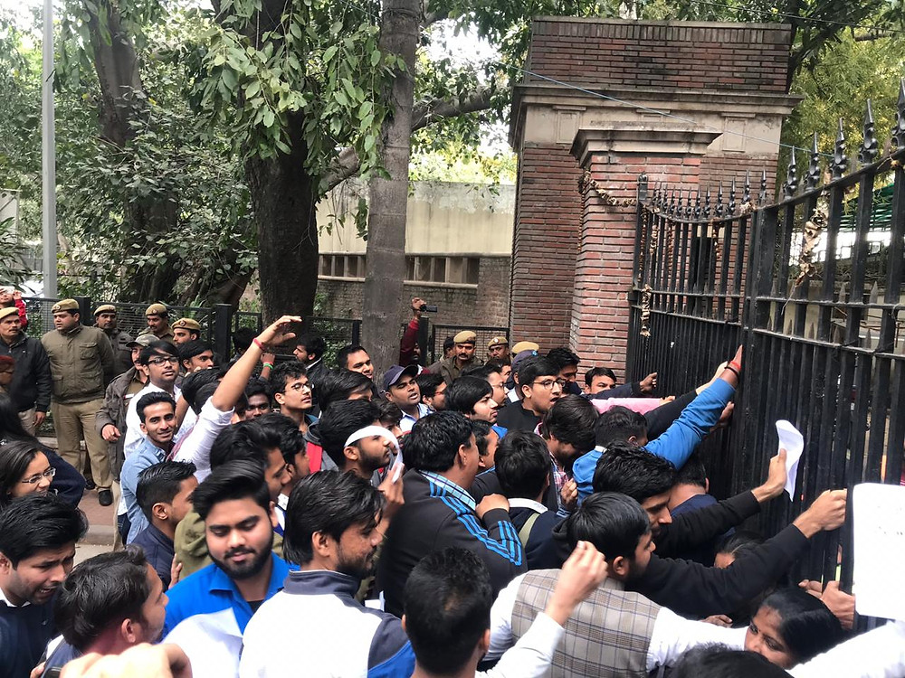 DU Students Protesting