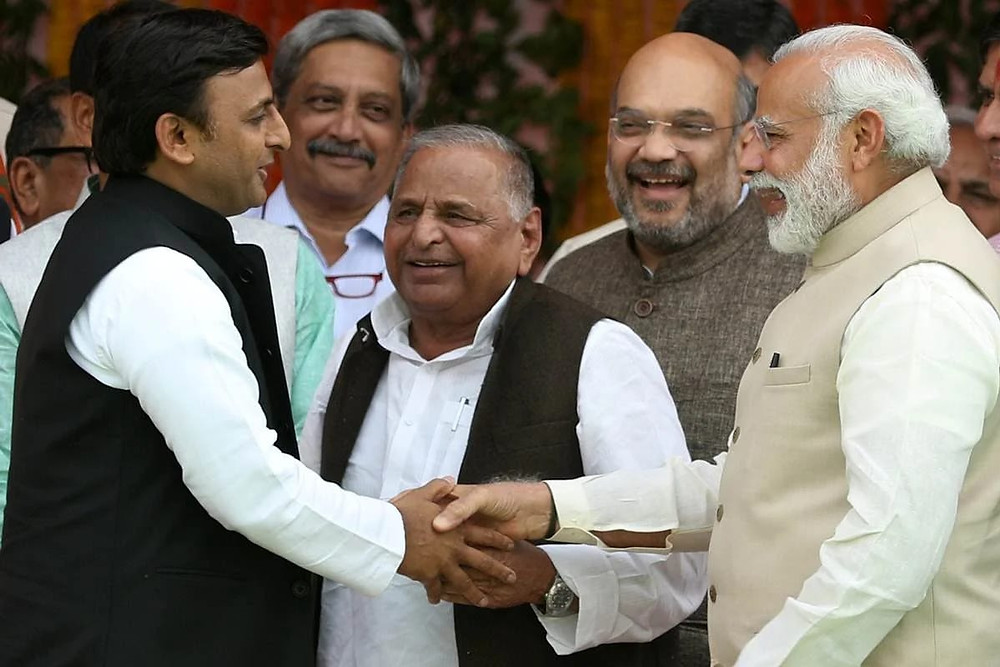 Old Picture of Akhilesh with Modi