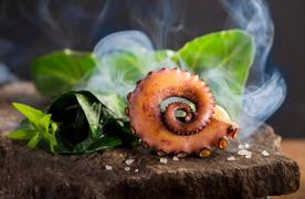 Oktopus geräuchert