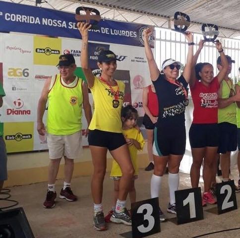 Patricia 3ª lugar na categoria - Contra Tempo Running