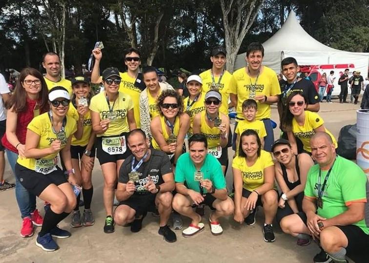 Contra Tempo Running -medalha SP City Marathon