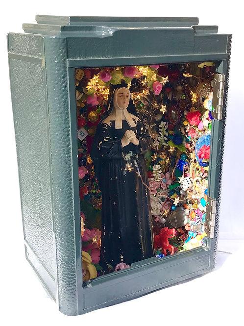 - Sainte Bernadette in a mail box- original work