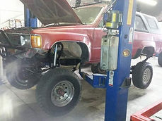 Straight Axle Conversion on a 87 Toyota 4Runner with a Trail-Gear Kit done at Flex Point Off Road in Redding California