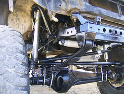 Straight Axle Conversion done on a 86 Toyota Pickup Truck using a Trail-Gear kit installed at Flex Point Off Road in Redding California