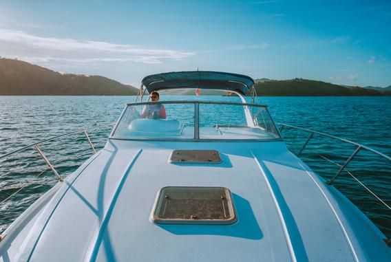Yacht Rental Coron 8.png