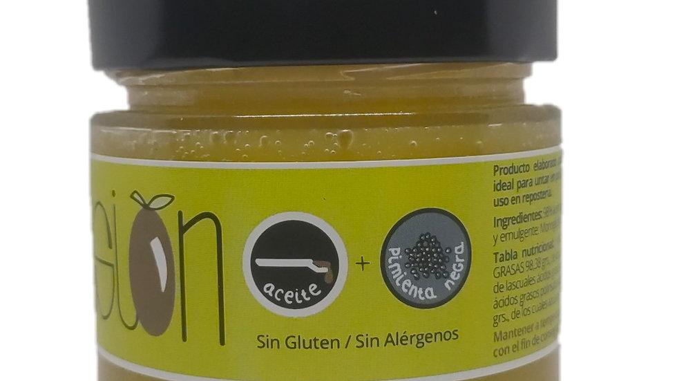 Natives Olivenöl Extra Emulsion mit schwarzem Pfeffer