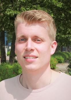 Steven van Eijk_edited.jpg