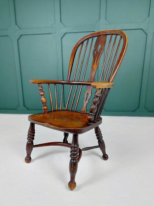 Elm Windsor Chair