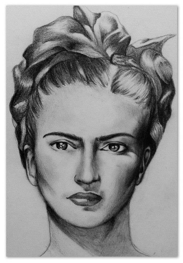 retrato frida kahlo blanco y negro lapiz