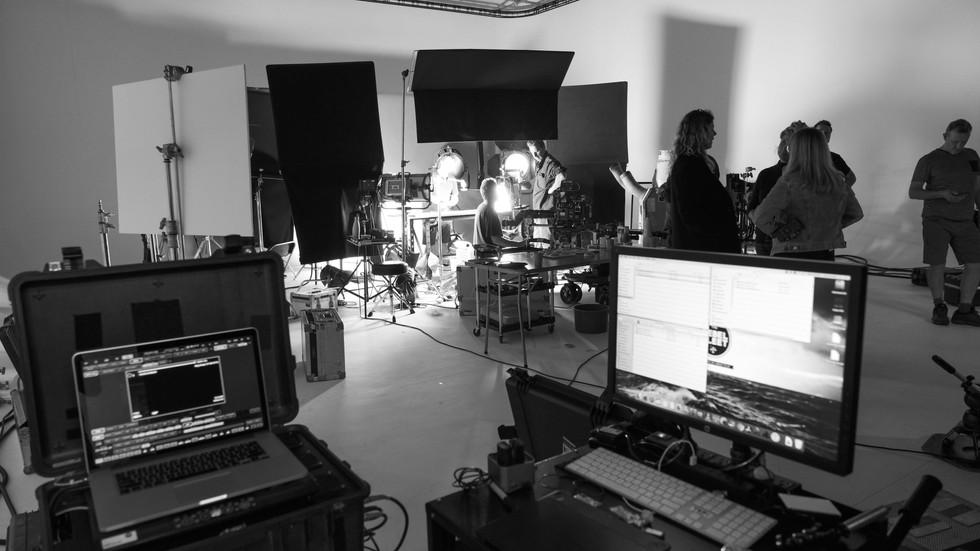 Working Studio - DIT + Table top