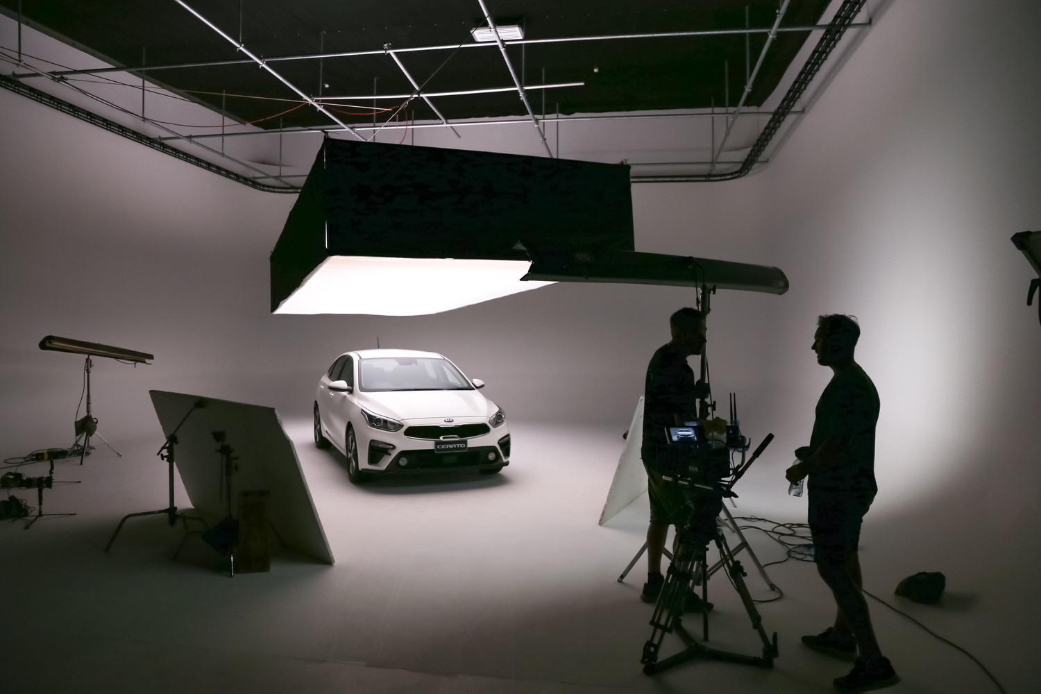 Working Studio - Lightbox car commercial