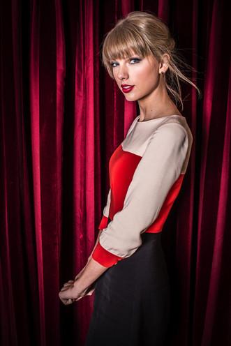 Taylor Swift, Paris, 2012