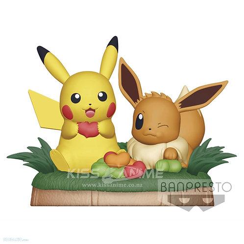 PRE-ORDER Pokemon Figure Pikachu & Eevee