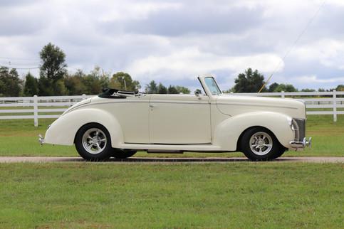 1940 Ford (4).JPG