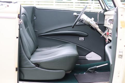 1940 Ford (19).JPG