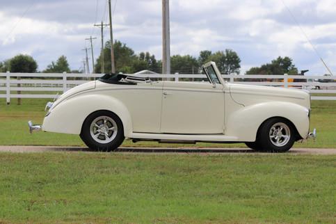 1940 Ford (5).JPG