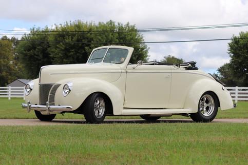 1940 Ford (15).JPG