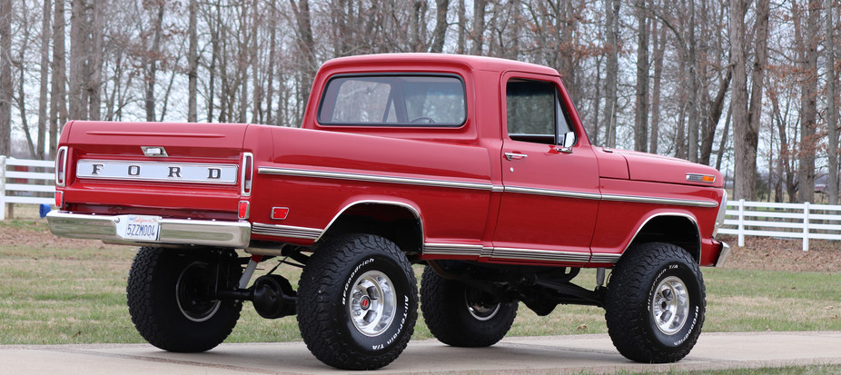 Ford Truck - Red (2).JPG