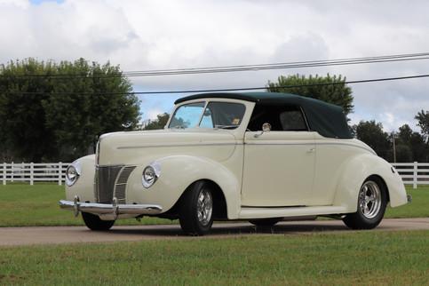 1940 Ford (36).JPG