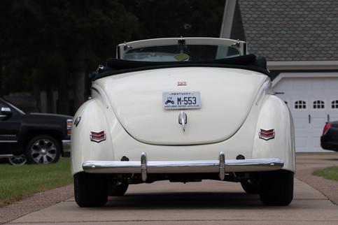 1940 Ford (9).JPG